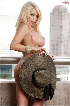 Nicole Moser
