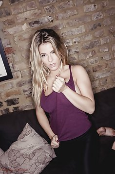 Jess Kingham - Sofa Tease