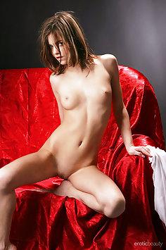 Alice Kiss