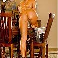 Naked Dining - image