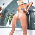Peachy tits - image