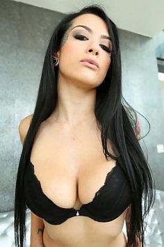 Katrina Kade