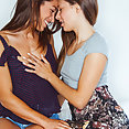 Julia Roca and Talia Mint - image