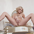 Niki Mey - image
