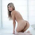 Gina Gerson - image